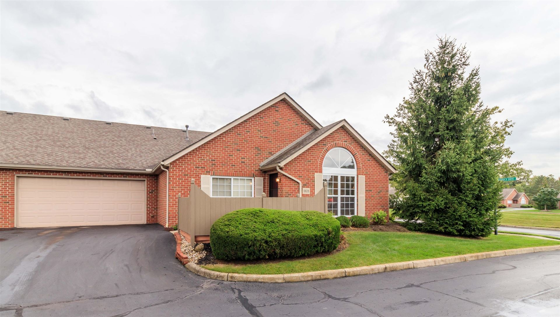 Photo of 6828 Winrock Drive #6-6828, New Albany, OH 43054 (MLS # 221040324)