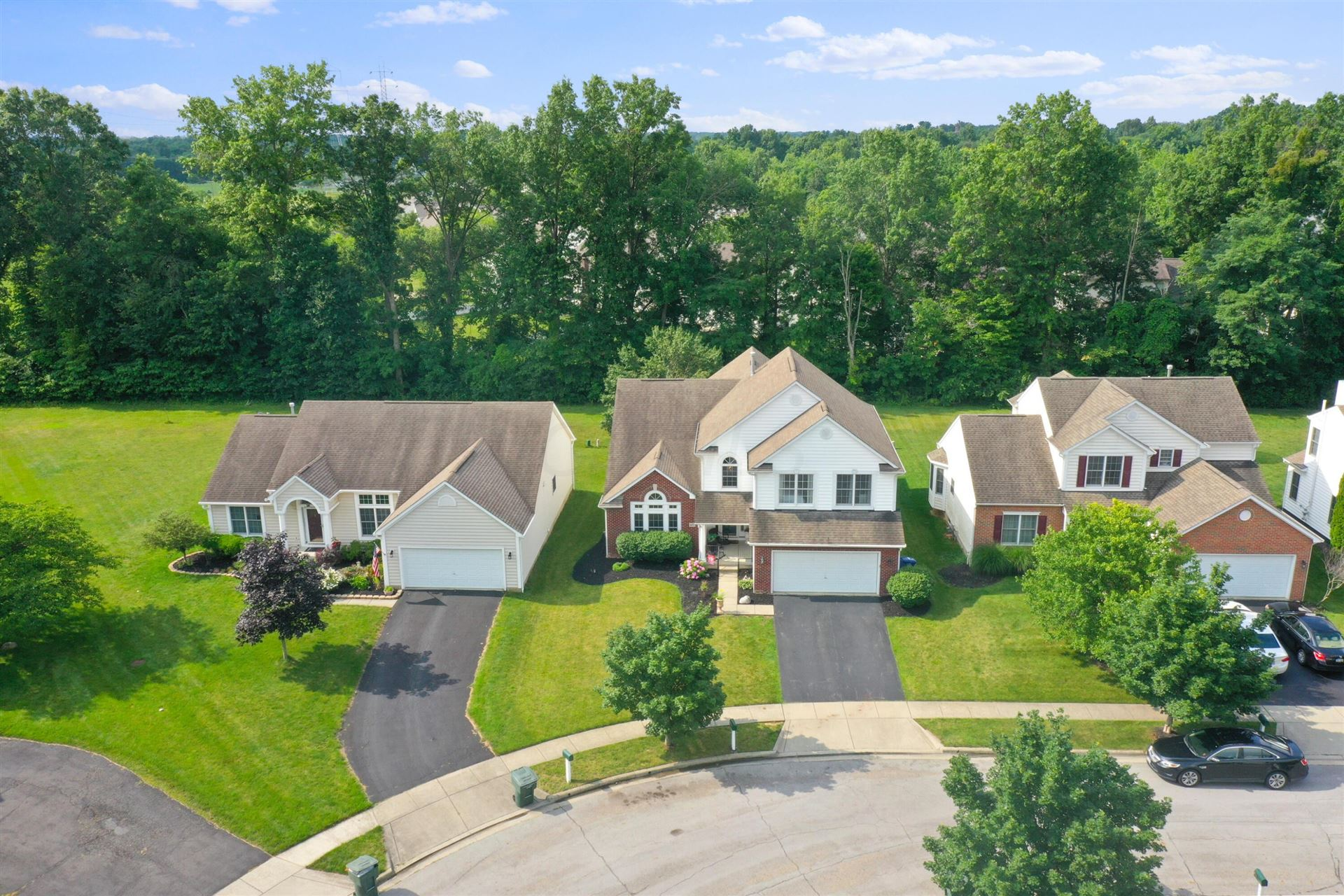 Photo of 4493 Flower Garden Drive, New Albany, OH 43054 (MLS # 221026326)
