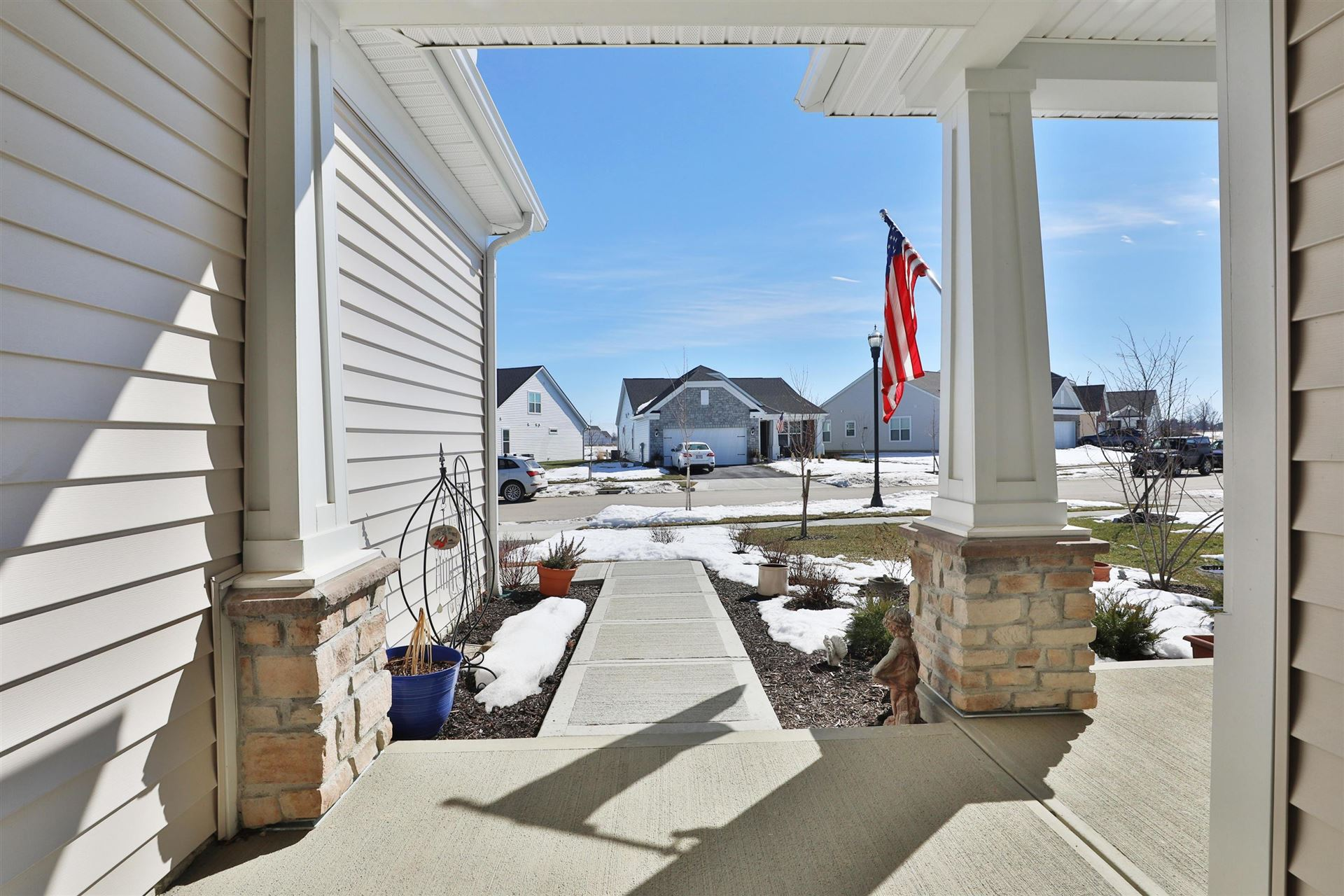 Photo of 344 Stone Quarry Drive, Delaware, OH 43015 (MLS # 221005332)