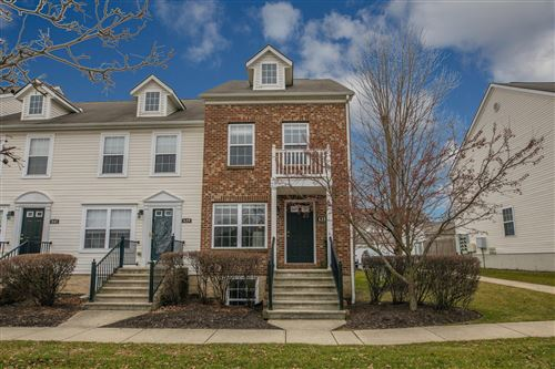 Photo of 635 Lazelle Road, Columbus, OH 43081 (MLS # 220004336)