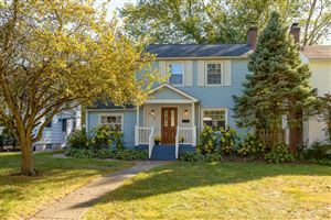 Photo of 375 E Jeffrey Place, Columbus, OH 43214 (MLS # 219039338)