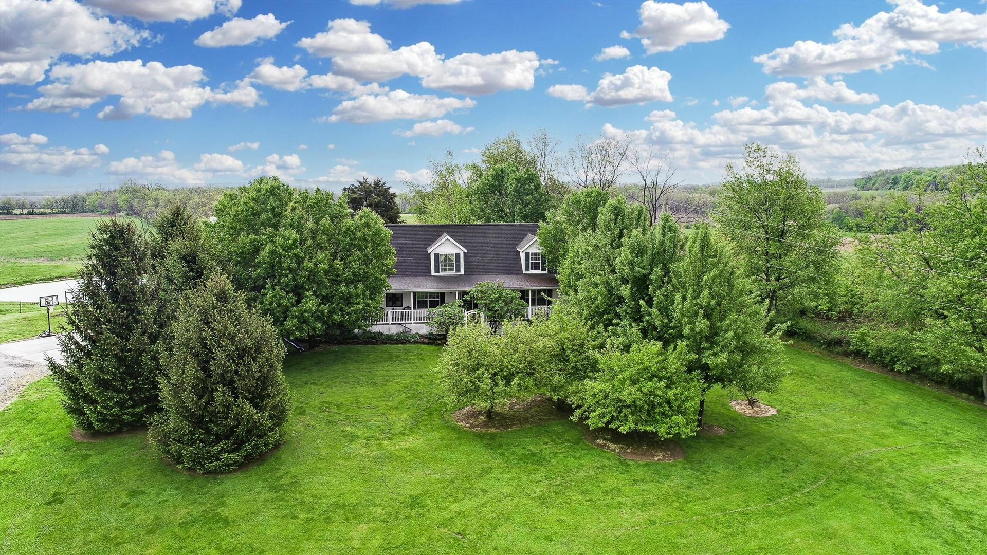Photo for 8231 Rapid Forge Road, Greenfield, OH 45123 (MLS # 221014338)