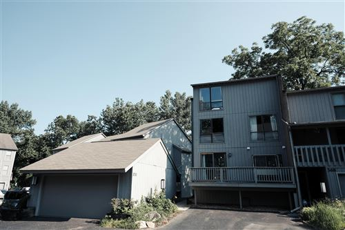 Photo of 370 Olentangy Forest Drive #B, Columbus, OH 43214 (MLS # 220022342)