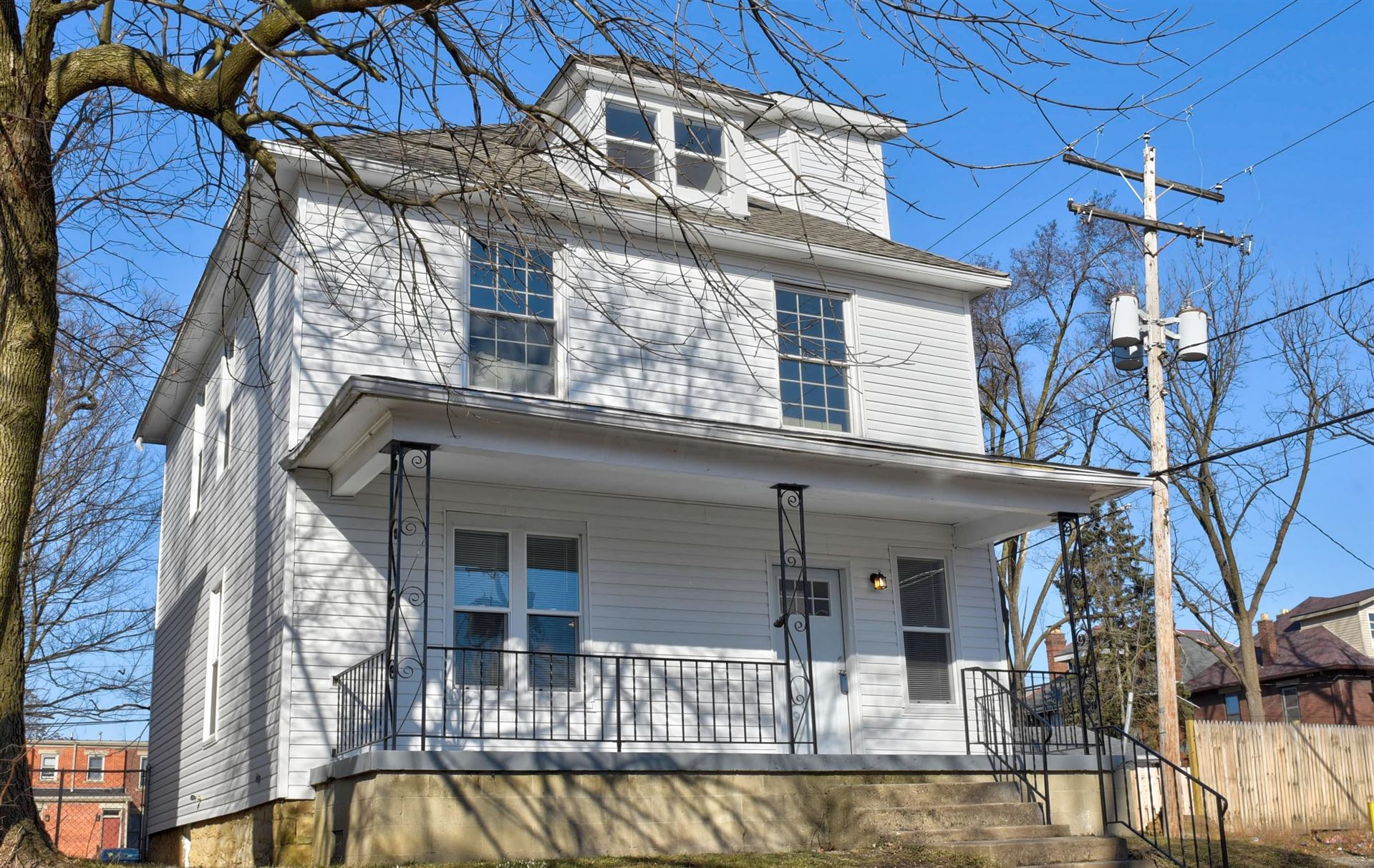 Photo for 767 S 22nd Street, Columbus, OH 43206 (MLS # 221006344)