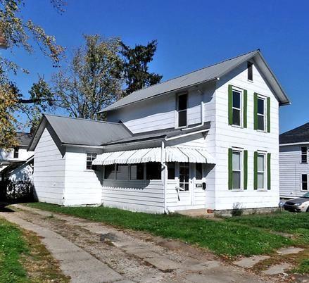 Photo of 208 Wilson Street, Newark, OH 43055 (MLS # 220014345)
