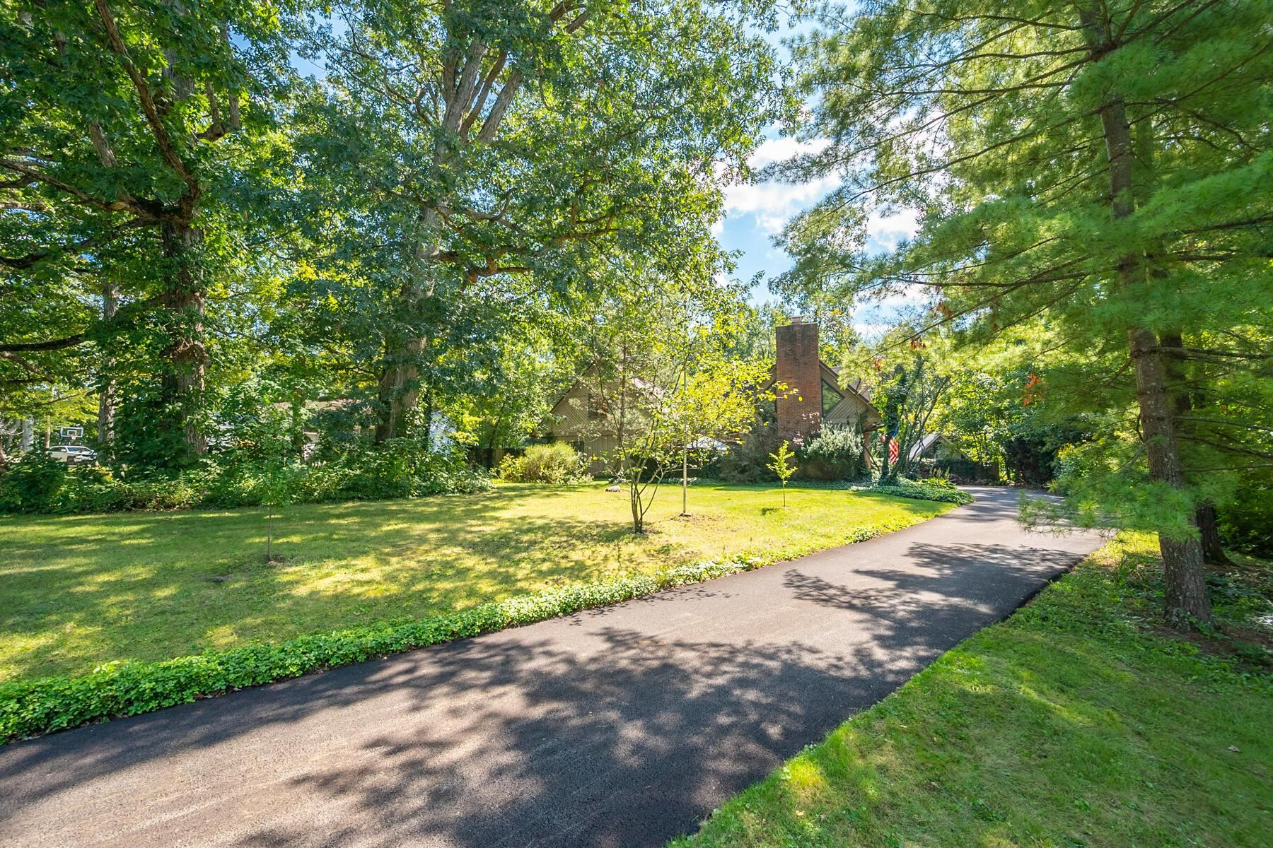 Photo of 505 Coover Road, Delaware, OH 43015 (MLS # 221035346)
