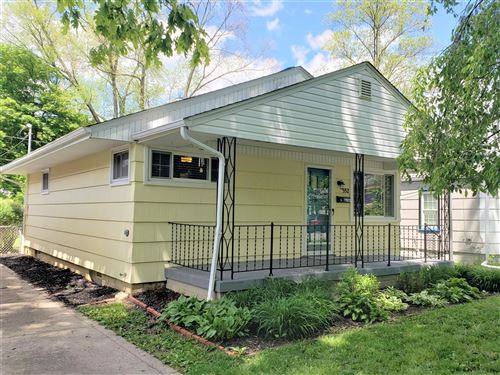 Photo of 552 Chase Road, Columbus, OH 43214 (MLS # 221016347)