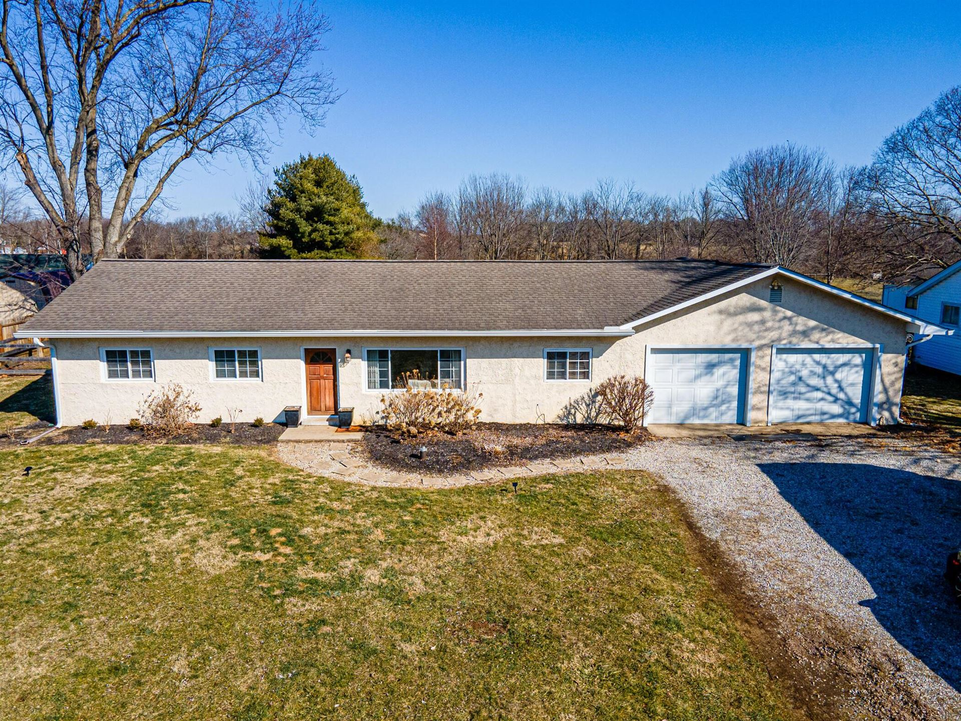 Photo for 622 Swackhammer Road, Circleville, OH 43113 (MLS # 221006353)