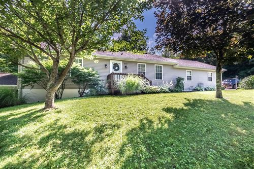 Photo of 802 Crestrose Circle, Howard, OH 43028 (MLS # 221025355)
