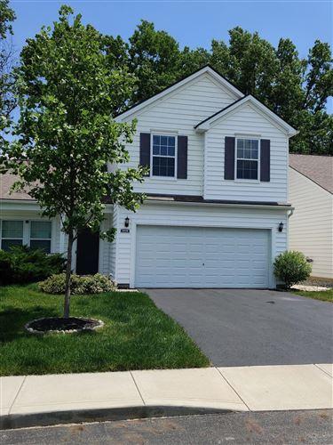 Photo of 3978 Lavender Ridge Drive, Columbus, OH 43230 (MLS # 221021357)