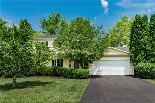 Photo of 44 W Parkside Drive, Powell, OH 43065 (MLS # 220021360)
