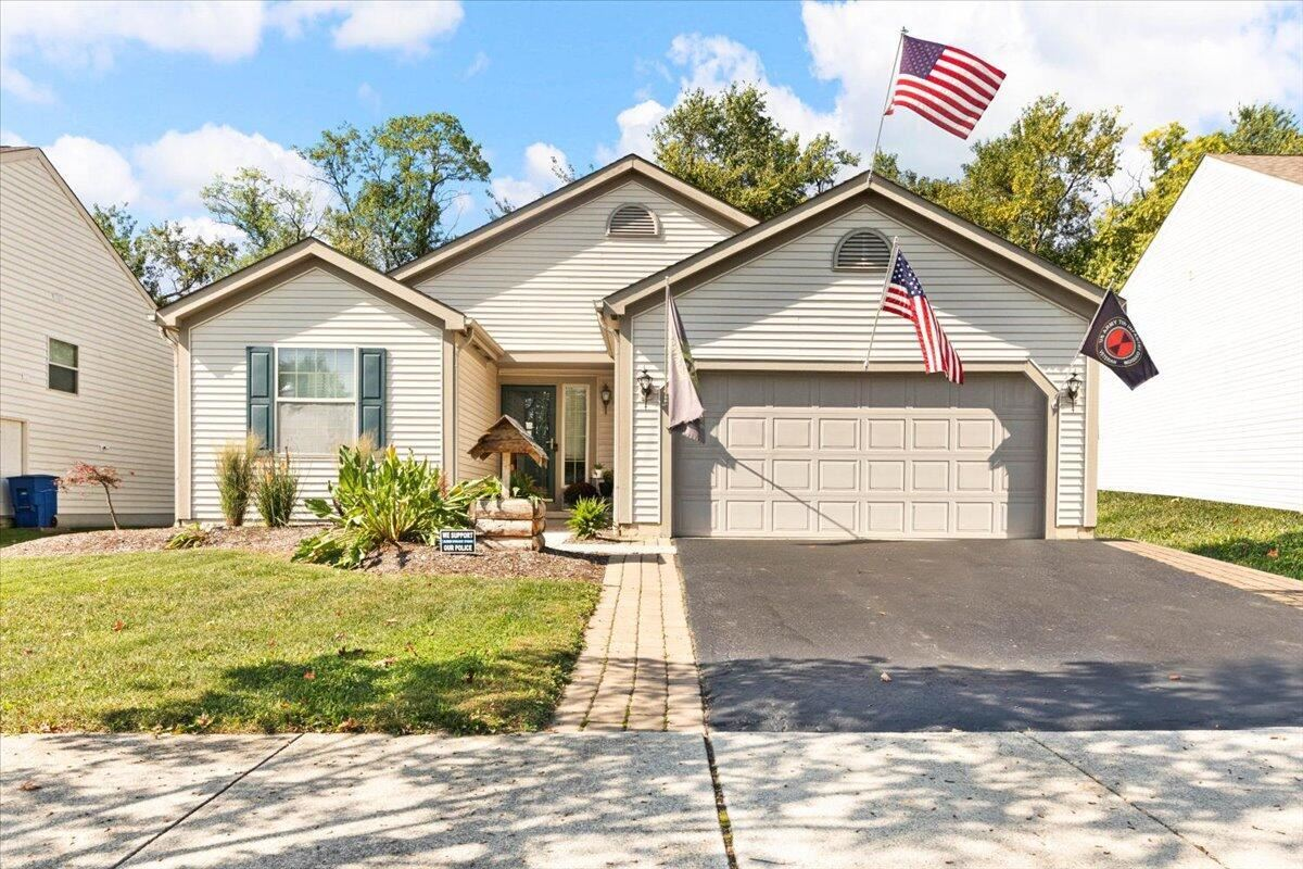Photo of 317 Stonhope Drive, Delaware, OH 43015 (MLS # 221040362)