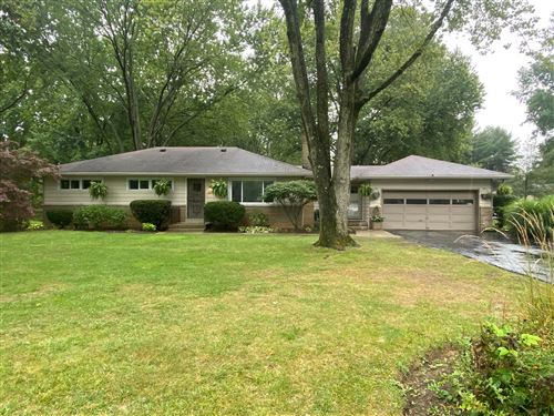 Photo of 2950 Courtright Road, Columbus, OH 43232 (MLS # 221037363)