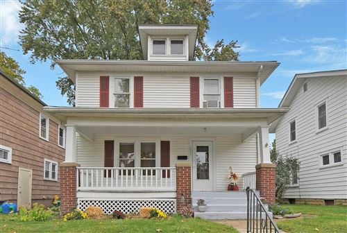 Photo of 228 Fairfield Avenue, Newark, OH 43055 (MLS # 220034367)