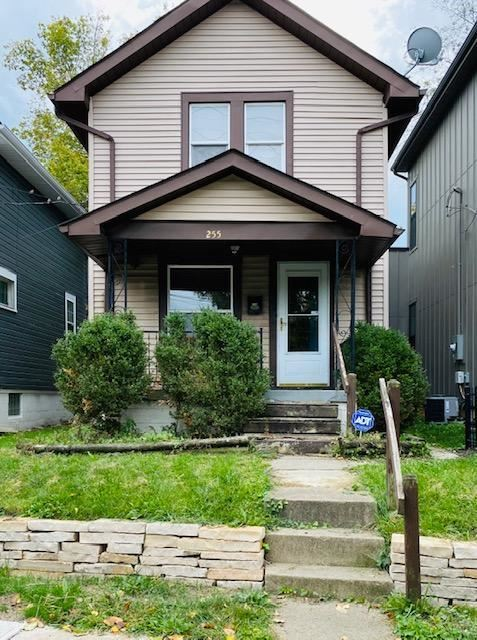 Photo for 255 E 3rd Avenue, Columbus, OH 43201 (MLS # 220034368)