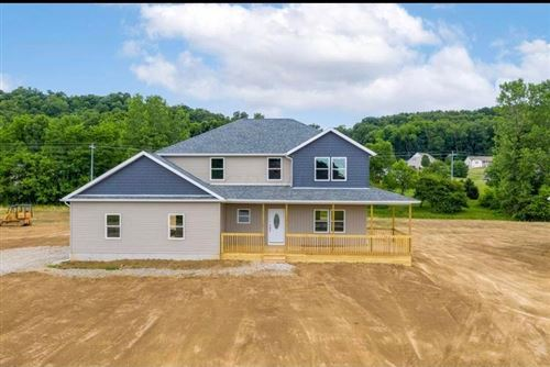 Photo of 706 Colby Way, Newark, OH 43055 (MLS # 221021369)