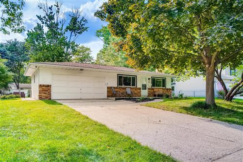 Photo of 269 Cliffview Drive, Gahanna, OH 43230 (MLS # 220028372)