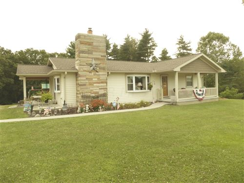 Photo of 5836 College Hill Road, Cambridge, OH 43725 (MLS # 221029374)