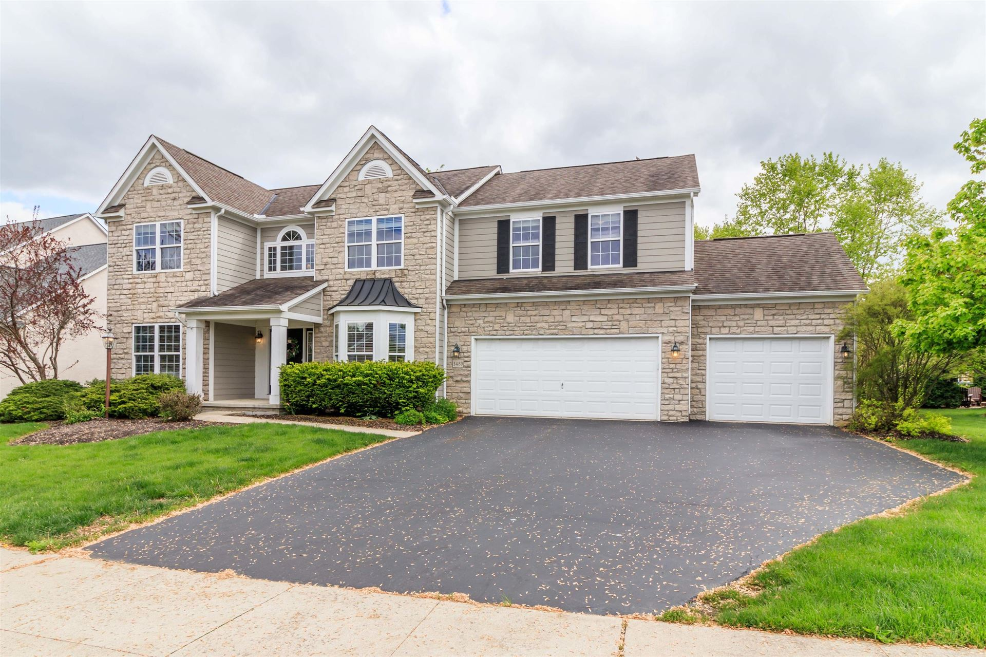 Photo of 3489 Windy Forest Lane, Powell, OH 43065 (MLS # 221014376)
