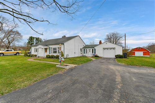 Photo of 8737 Jacksontown Road, Heath, OH 43056 (MLS # 221010381)