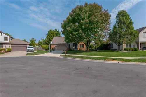 Photo of 4858 Vandorn Court, Hilliard, OH 43026 (MLS # 220034382)