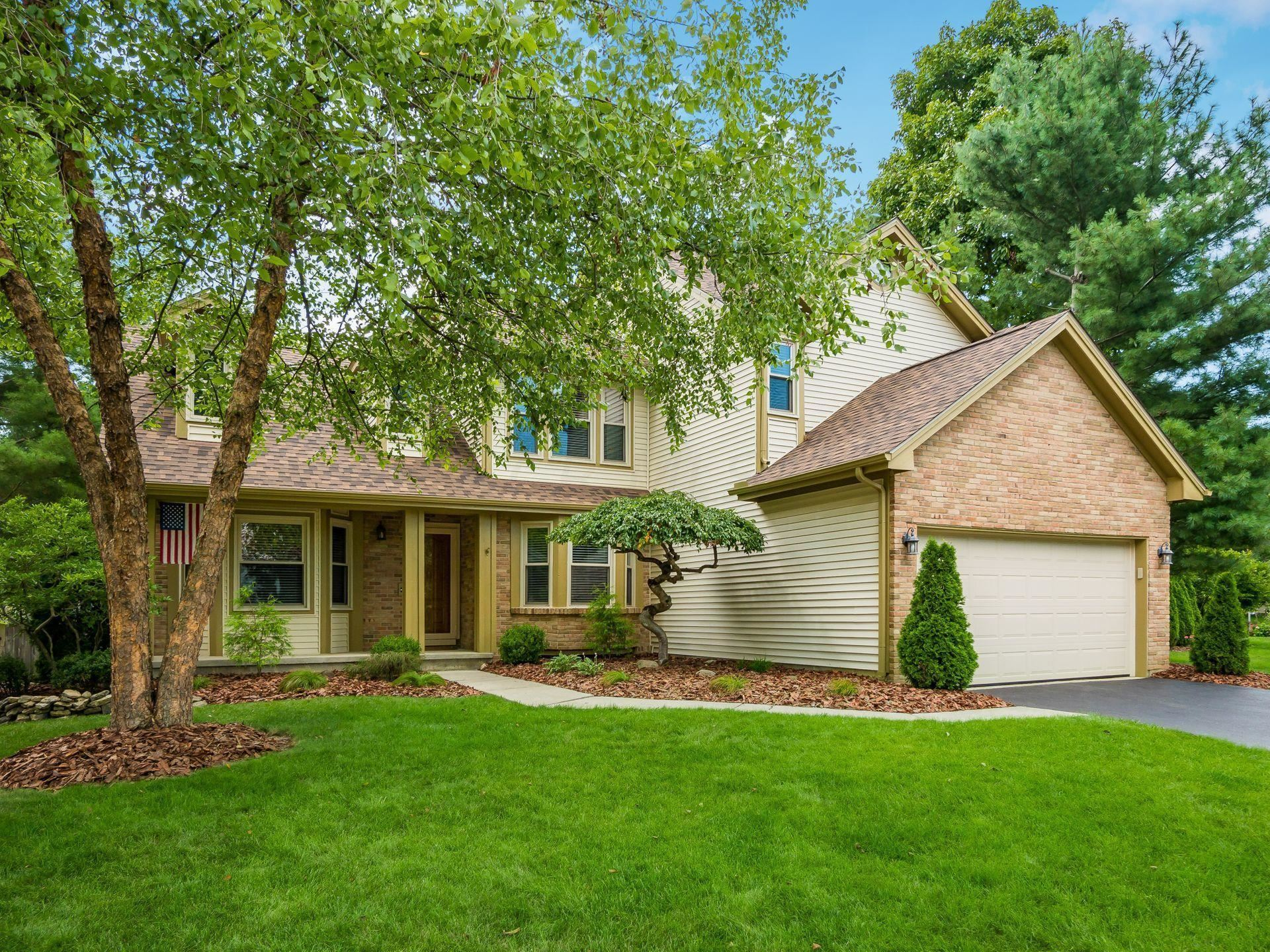 Photo of 8559 Halley Drive, Dublin, OH 43016 (MLS # 221036385)