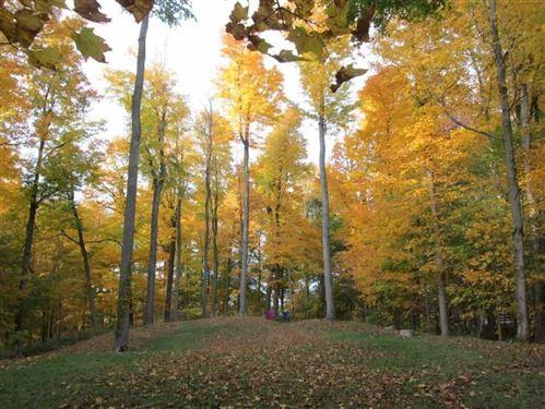 Photo of 0 Eaglenest Road, Zanesfield, OH 43360 (MLS # 220033404)
