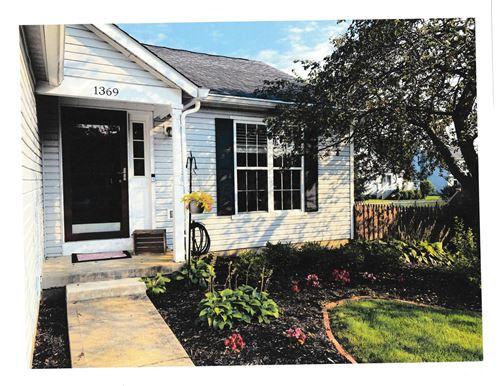 Photo of 1369 Pepper Lane, Marysville, OH 43040 (MLS # 221028414)