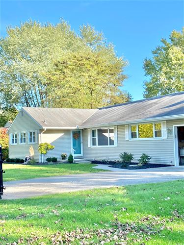 Photo of 1117 Inwood Drive, Marion, OH 43302 (MLS # 221041414)