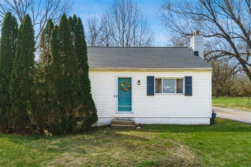 Tiny photo for 947 Hart Road, Columbus, OH 43223 (MLS # 221010418)