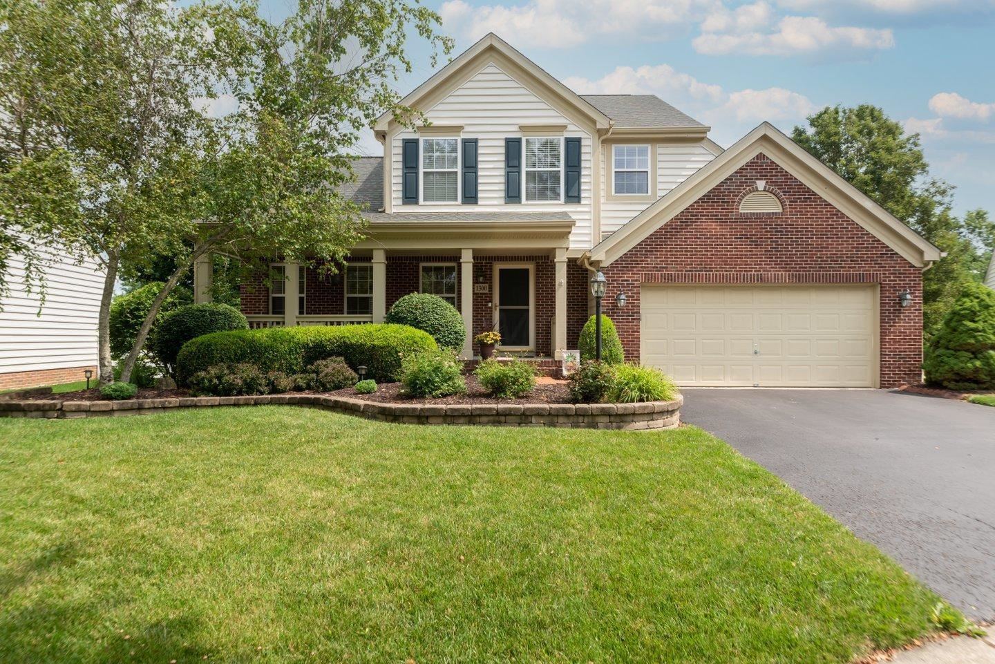 Photo of 1300 Totten Drive, New Albany, OH 43054 (MLS # 221026425)