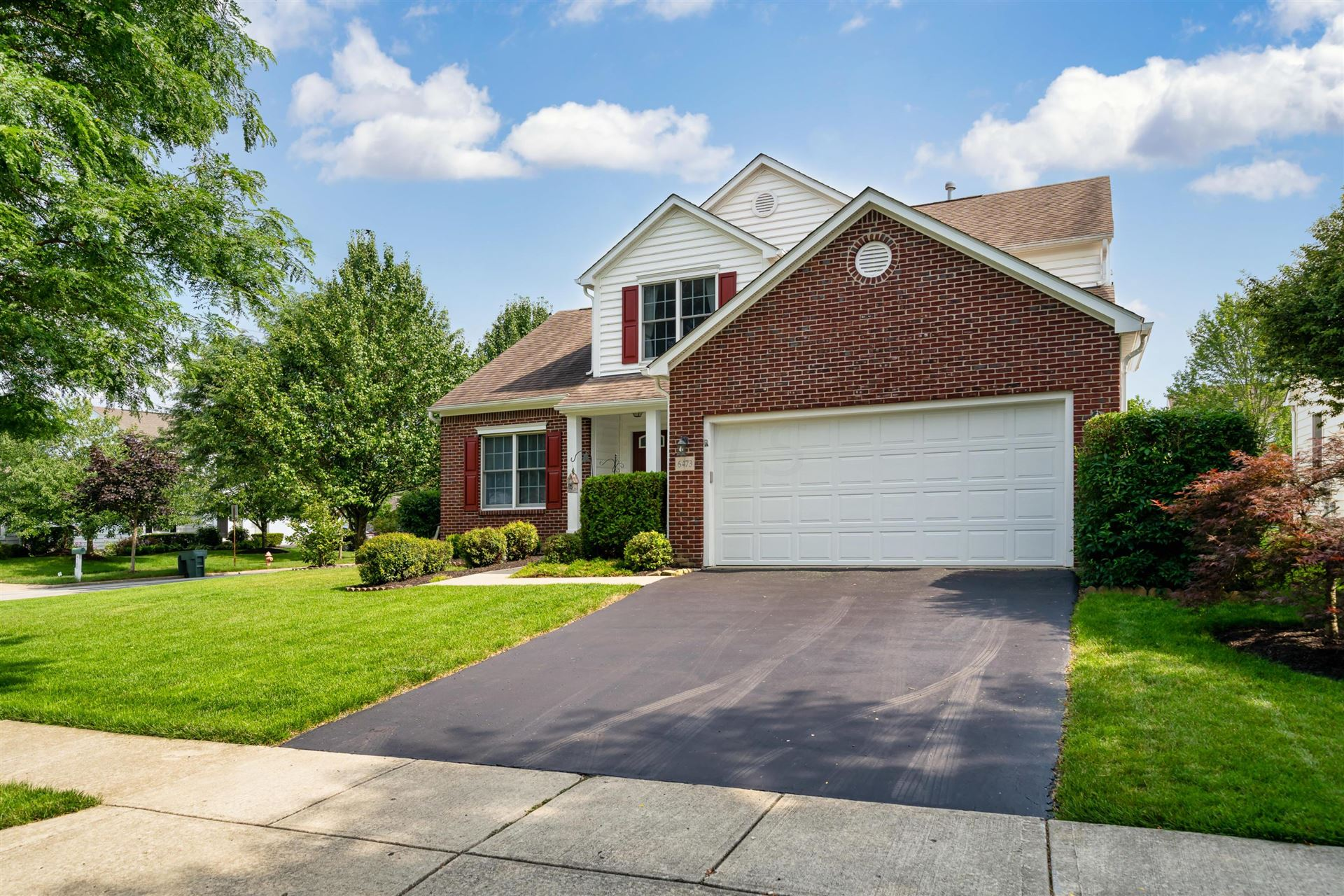 Photo of 6473 Commons Park Court, New Albany, OH 43054 (MLS # 221026429)