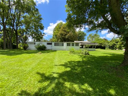 Photo of 3216 S County Line Road, Johnstown, OH 43031 (MLS # 221029432)