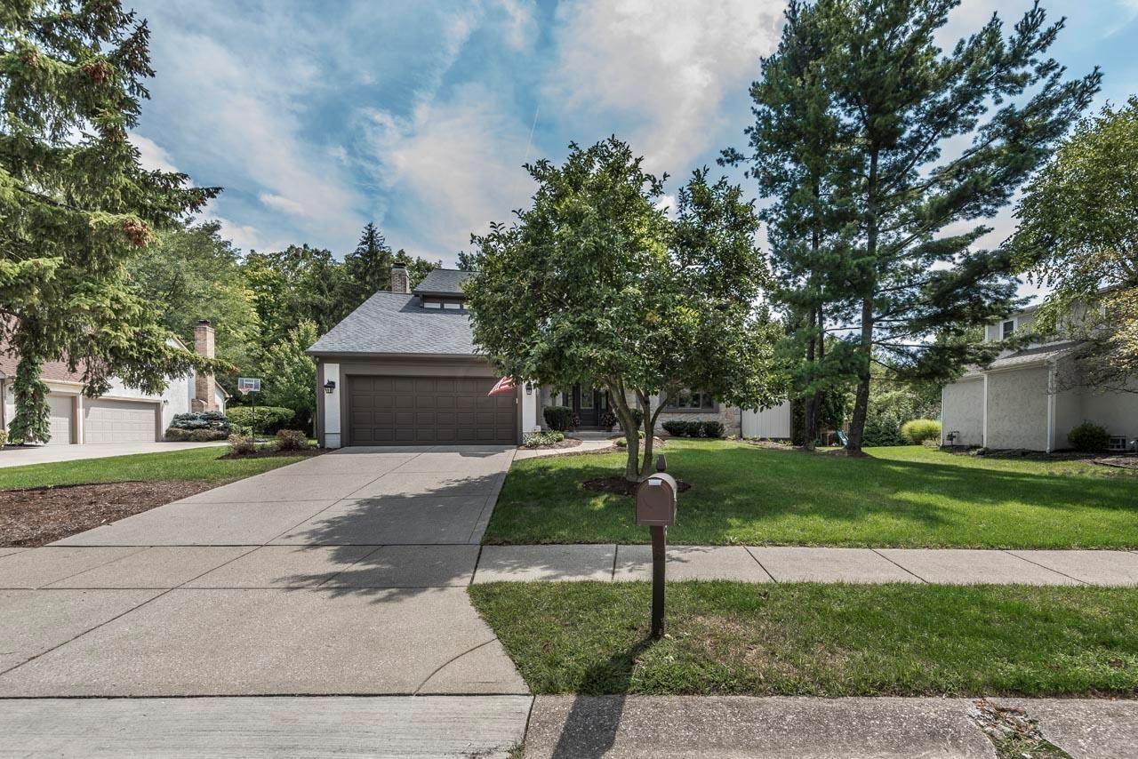 Photo of 156 Meadow Ridge Court, Powell, OH 43065 (MLS # 221005435)