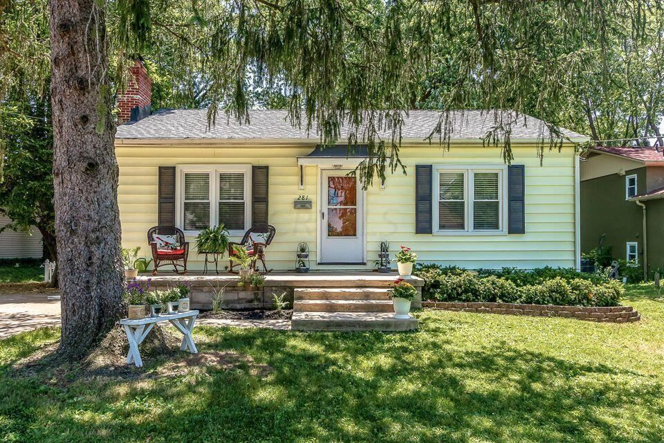 Photo of 281 E College Avenue, Westerville, OH 43081 (MLS # 221039435)