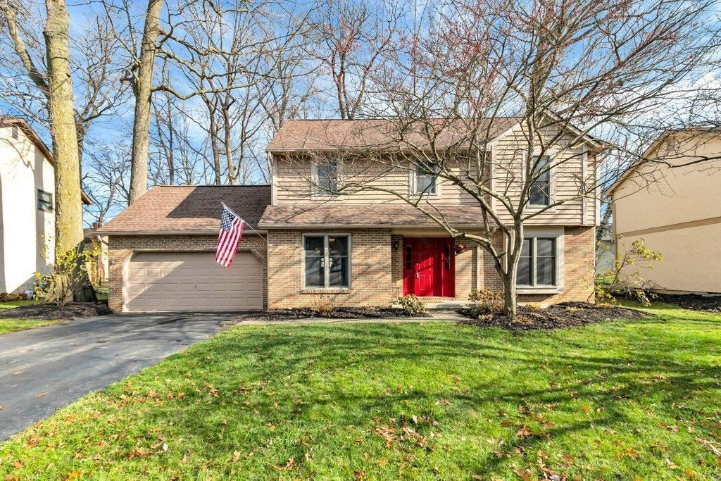 Photo of 7026 Tralee Drive, Dublin, OH 43017 (MLS # 220041444)