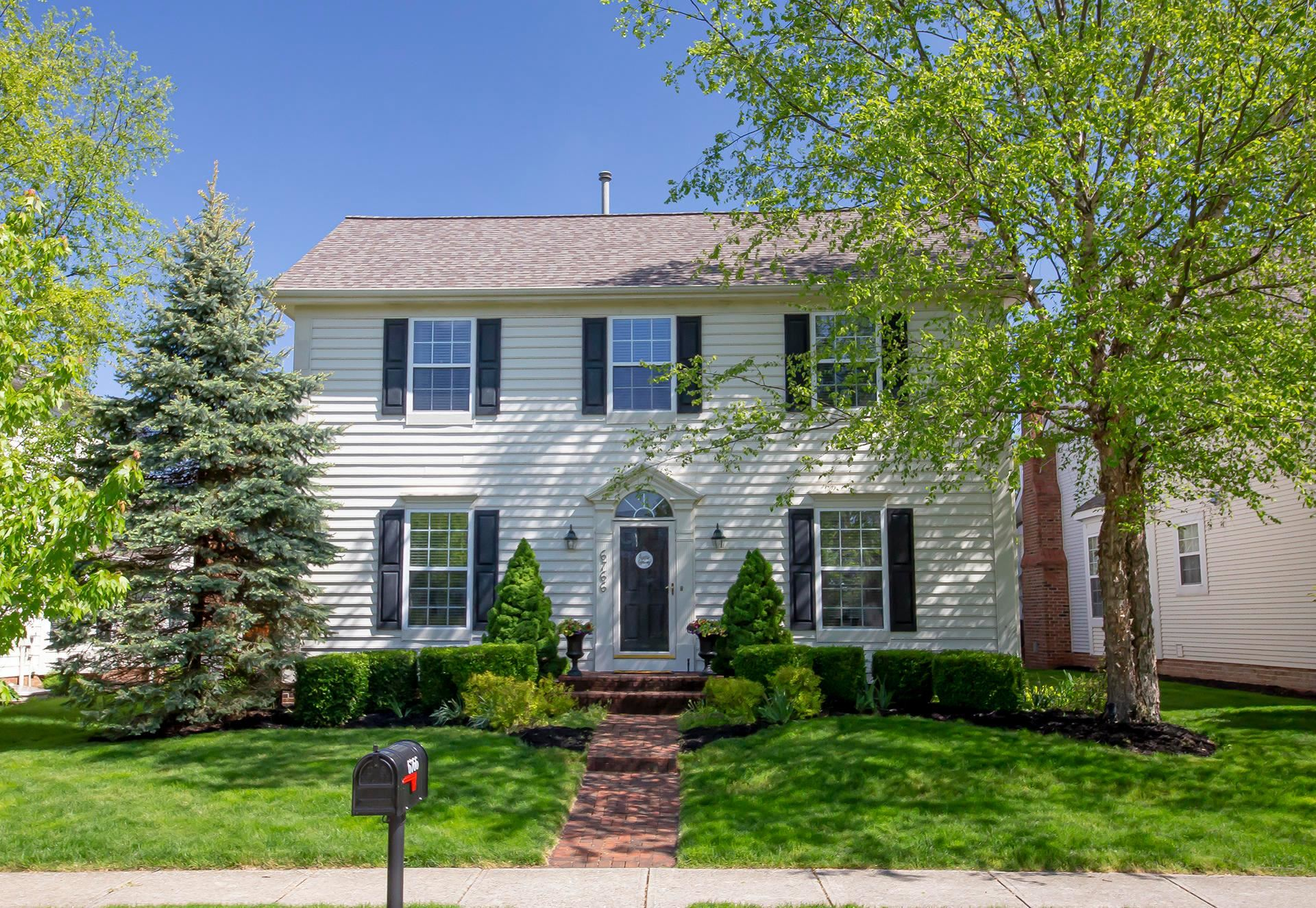 Photo of 6766 Upper Brook Way, New Albany, OH 43054 (MLS # 221015444)