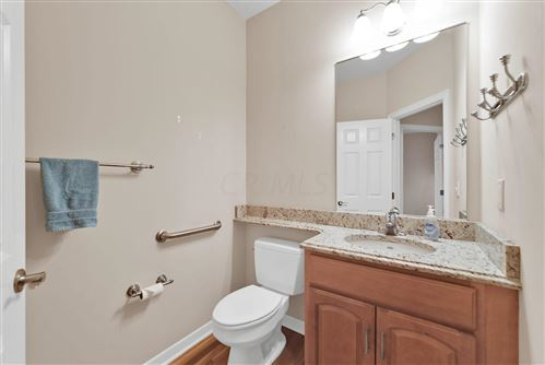 Tiny photo for 6277 Woodsview Way, Hilliard, OH 43026 (MLS # 219044445)