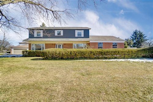 Photo of 1750 Halleck Place, Columbus, OH 43209 (MLS # 221005449)