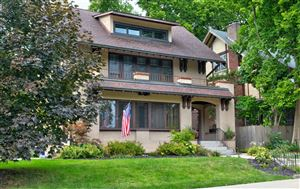 Photo of 117 Franklin Park W, Columbus, OH 43205 (MLS # 219034460)