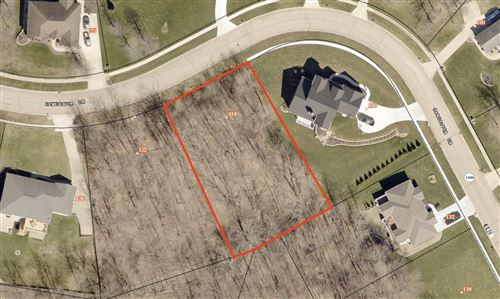 Photo of 118 Sandpiper Drive, Thornville, OH 43076 (MLS # 221023462)