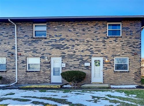 Photo of 2309 Woodbrook Circle N #332, Columbus, OH 43223 (MLS # 221005466)