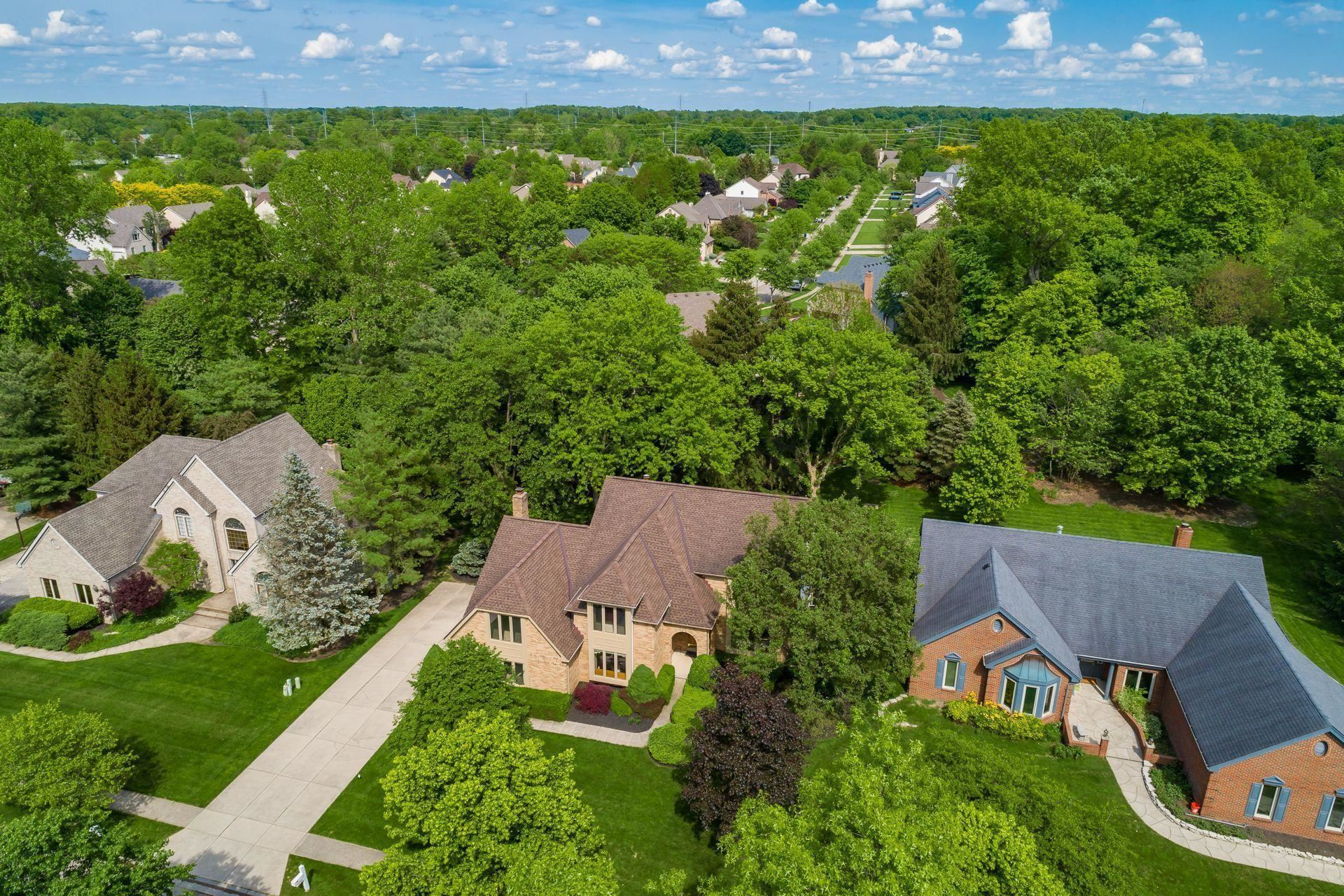Photo of 1252 POND HOLLOW Lane, New Albany, OH 43054 (MLS # 221015473)