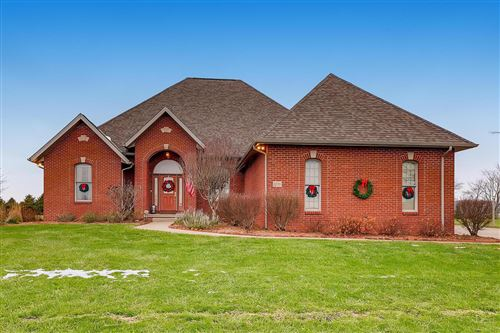 Photo of 8596 Heather Lake Drive NW, Canal Winchester, OH 43110 (MLS # 220042478)