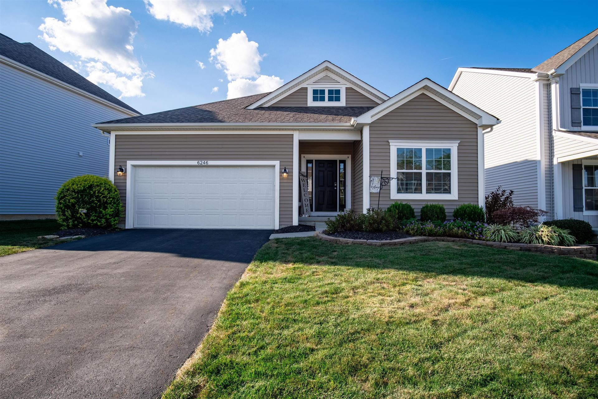 Photo of 6246 Upper Albany Crossing Drive, Westerville, OH 43081 (MLS # 221036486)