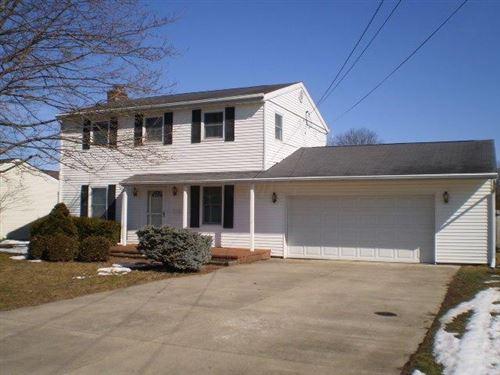 Photo of 614 Louise Avenue, Heath, OH 43056 (MLS # 221005493)