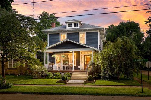 Photo of 500 E Chestnut Street, Mount Vernon, OH 43050 (MLS # 221026497)