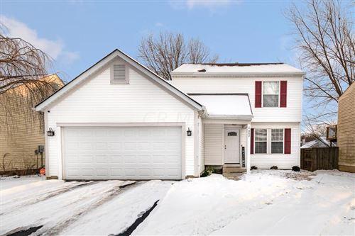 Photo of 6889 Bennell Drive, Reynoldsburg, OH 43068 (MLS # 221004501)