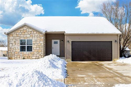 Photo of 57 Deerfield Place Place, Delaware, OH 43015 (MLS # 221004502)