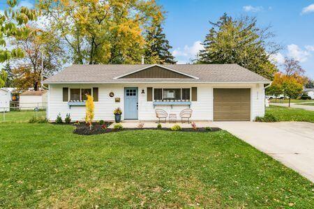 Photo of 5116 Wyandot Place, Hilliard, OH 43026 (MLS # 221041514)